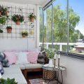Dar Balkonlar için Dekorasyon Önerileri