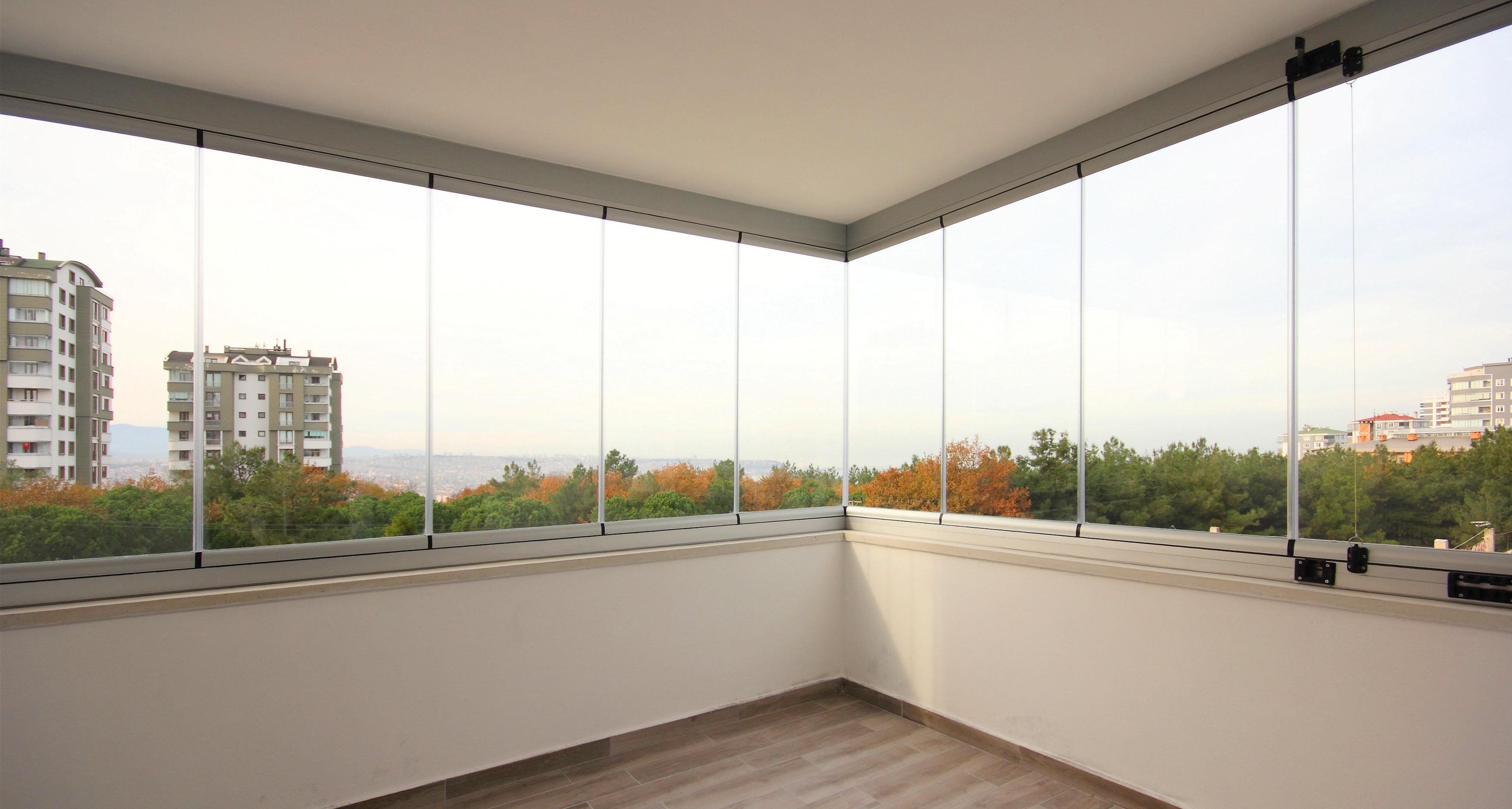 Katlanır Cam Balkon Sistemleri ve Avantajları